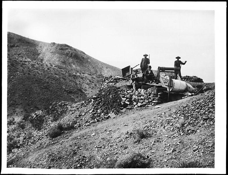 アメリカ1800年代半ばの金の採掘風景