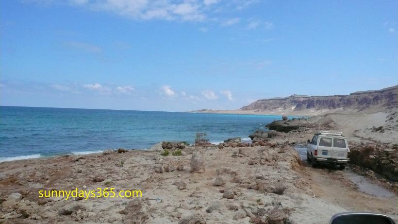 ソコトラ島地中海沿岸部を四駆で進む