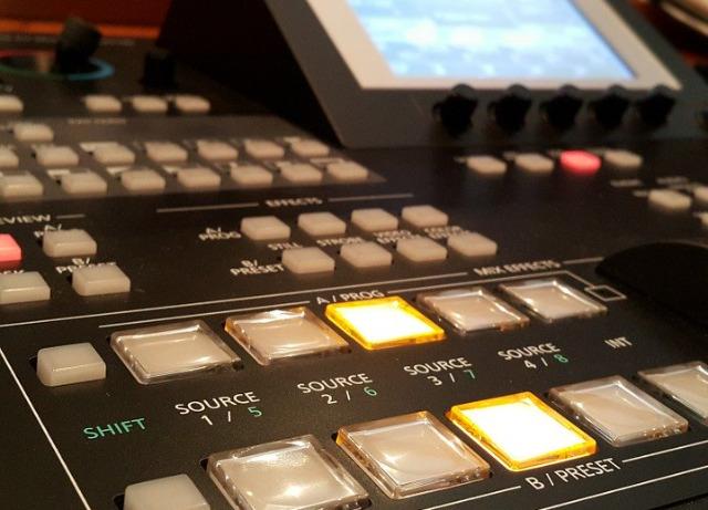 テレビ番組制作現場のイメージ画