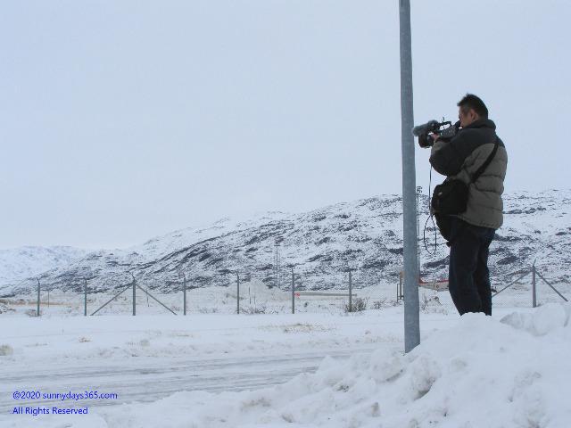 ナルサーク空港で撮影中の筆者スナップ