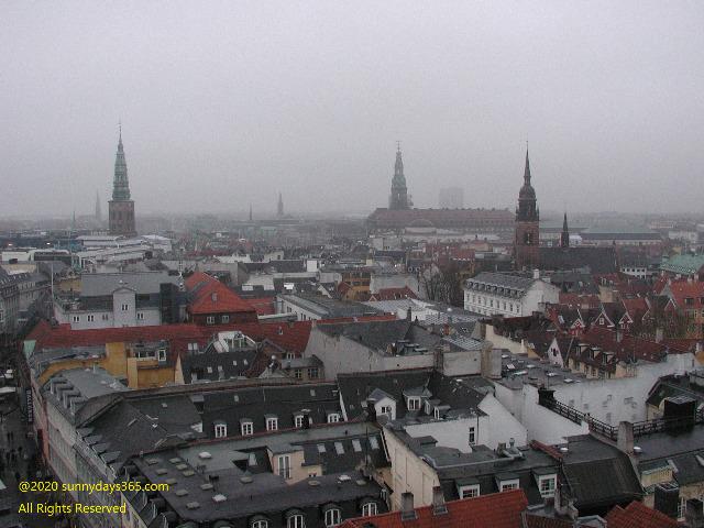 コペンハーゲン市内ゴシック建築風景