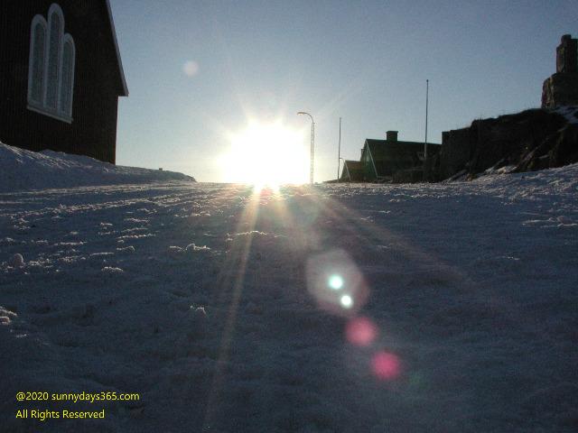 アルトサップの地から立ち昇ってきた太陽